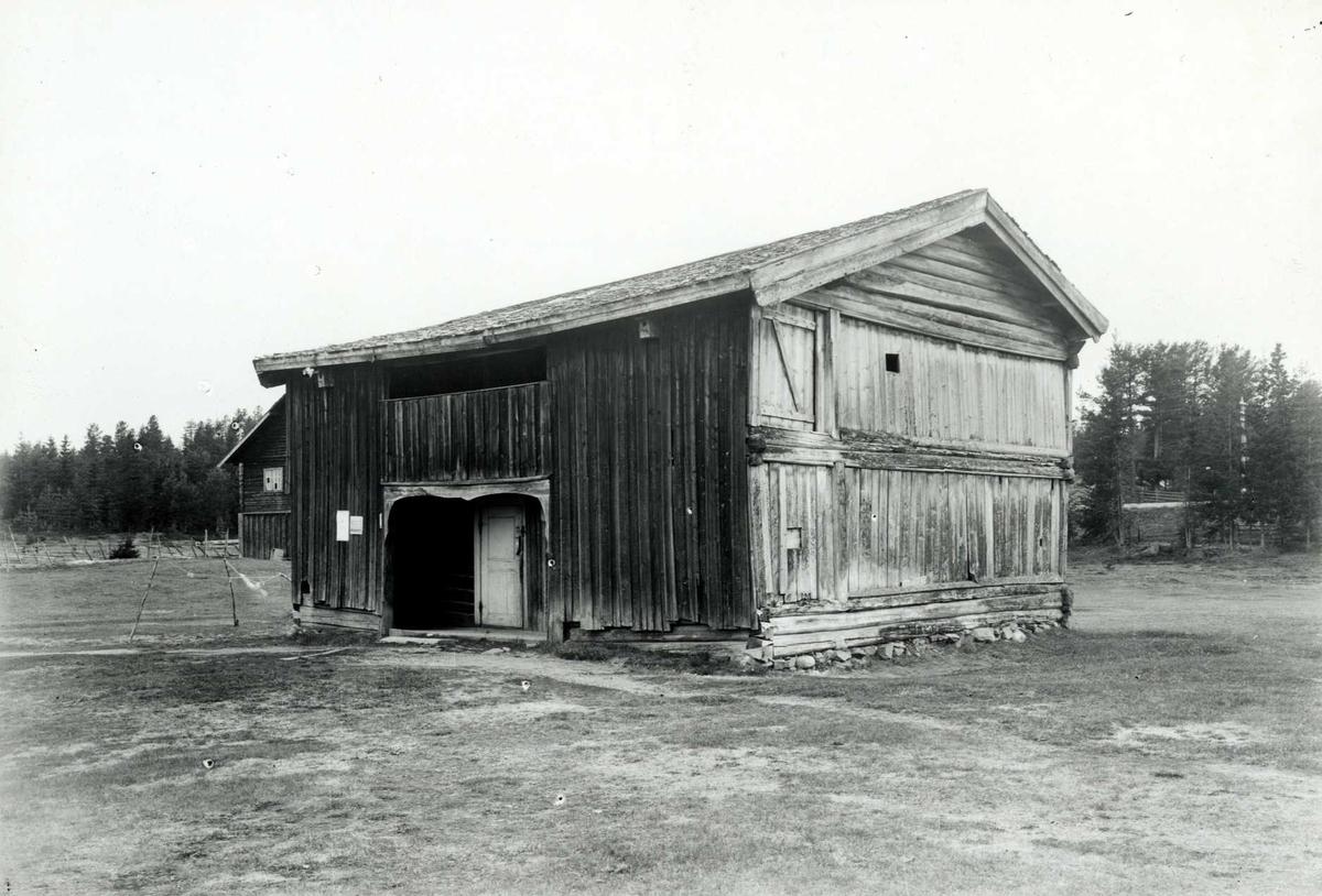Nordre Hovde, Stor-Elvdal, Sør-Østerdal, Hedmark. Bygning. Nå på Glomdalsmuseet.