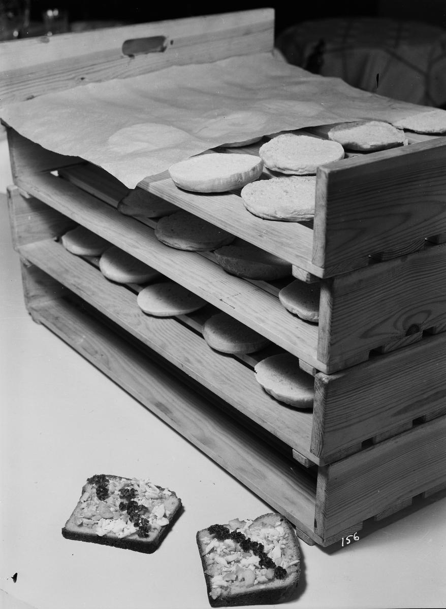Bakning av skorpor, Fackskolan för huslig ekonomi, Uppsala januari 1933