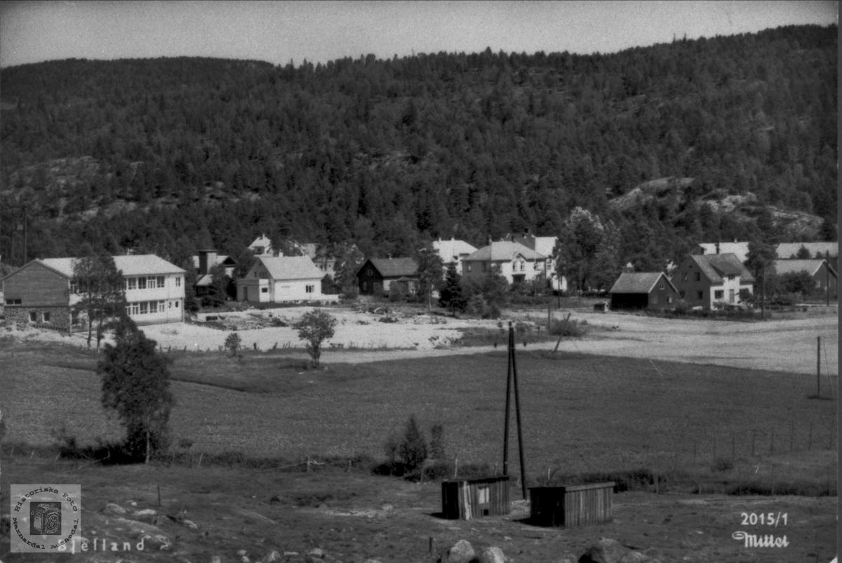 Bjelland sentrum sett fra vest.