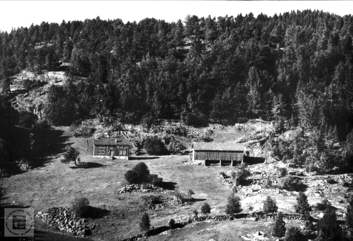 "Garden ""Øvregarden"" på Tønnesland i Bjelland"