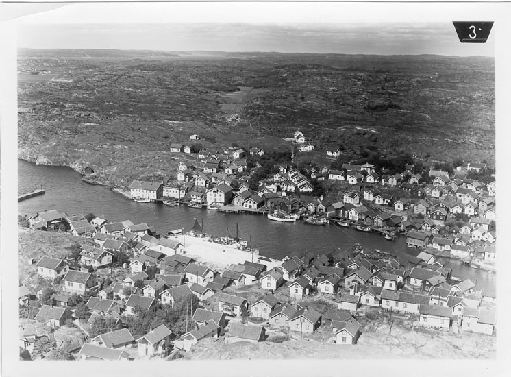 """Enligt Flygtrafik Bengtsfors: """"Grundsund Bohuslän""""."""