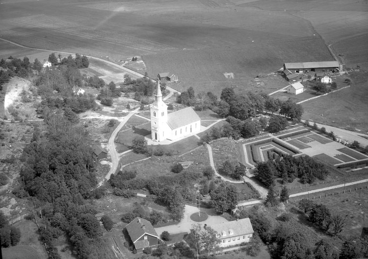 """Enligt AB Flygtrafik Bengtsfors: """"Näsinge kyrka Bohuslän"""".             ::"""