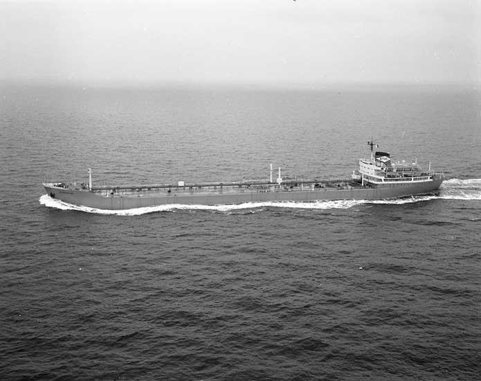 Fartyg nr. 212 M/T Athelking, tankfartyg.
