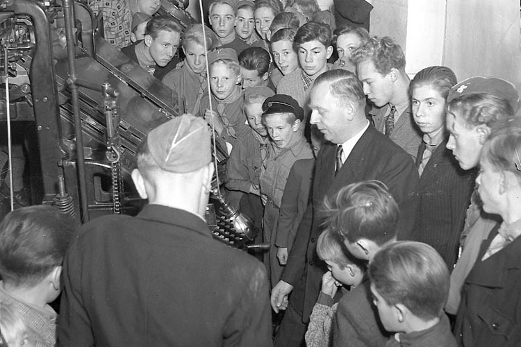 """Enligt notering: """"F.F.U.M. i Sätteriet 22/10 1947""""."""
