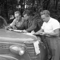 """Enligt notering: """"Bilorientering aug 1955""""."""