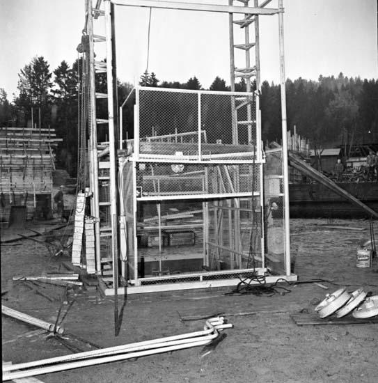 """Enligt notering: """"Raserad byggnadsställning d 15/10 -58""""."""