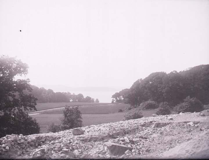 """Enligt text som medföljde bilden: """"Byfjorden från Höjentorp."""""""