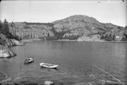 """Enligt fotografens anteckningar: """"1952, 38. Gårvik""""."""