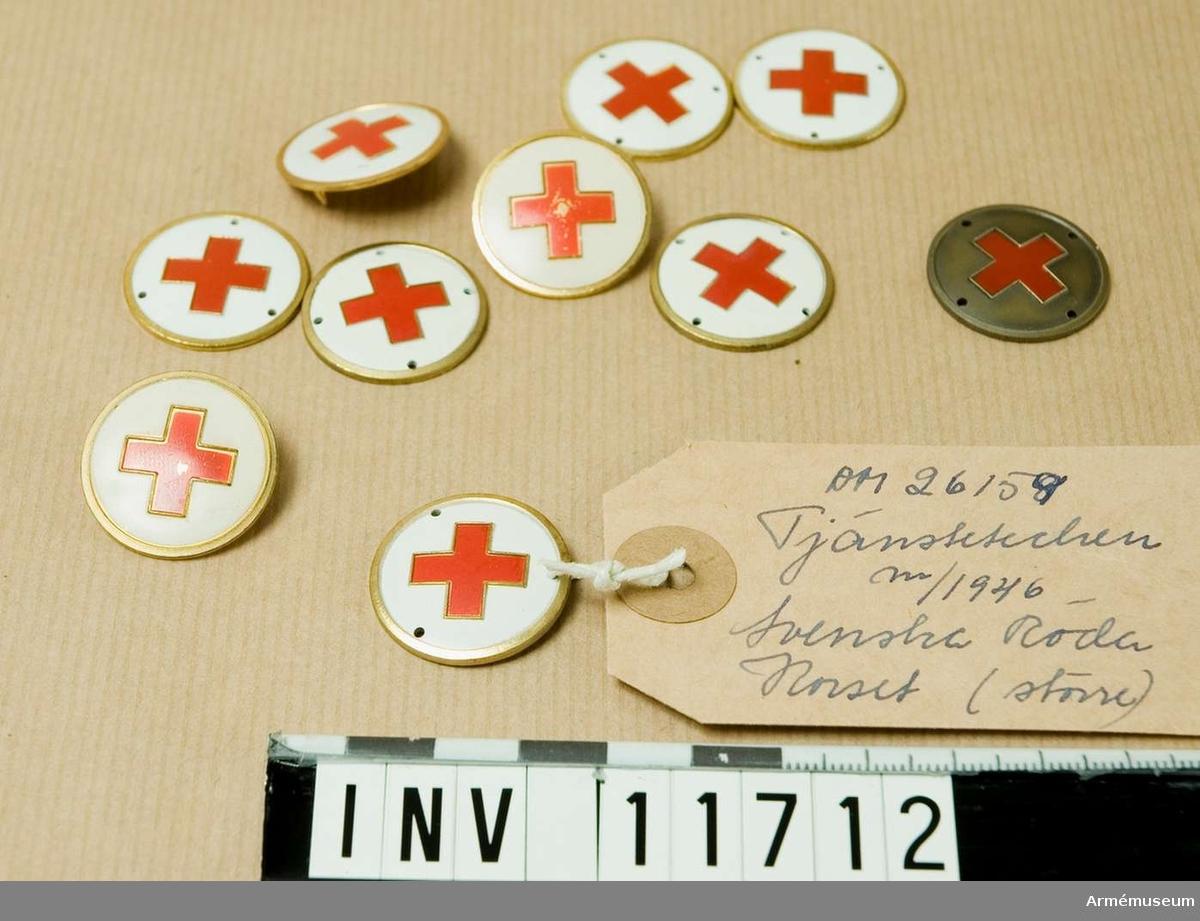 Grupp C I.  Tjänstetecken m/1946 för personal ur Svenska röda korset, som ej är placerad vid stab eller förband organiserat av armén; mindre.