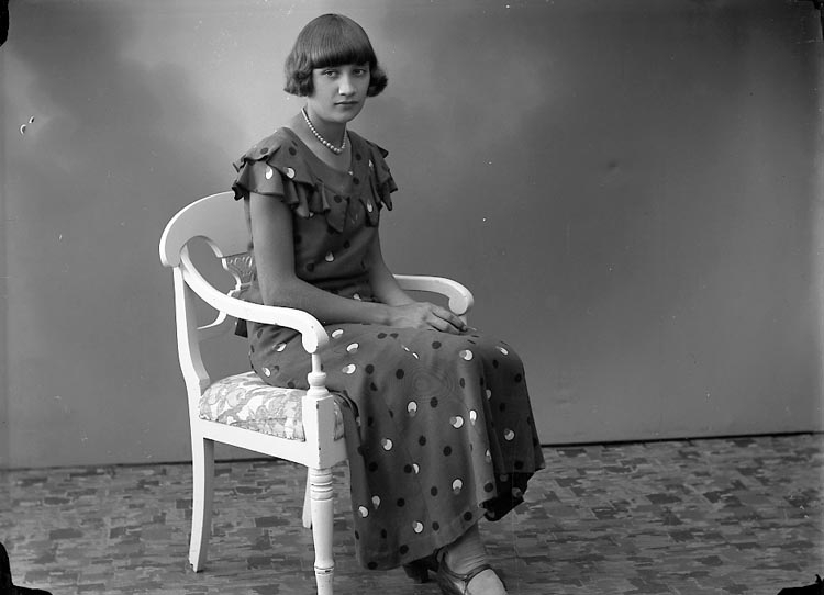 "Enligt fotografens journal nr 6 1930-1943: ""Pettersson, Margit Jordhammar, Ödsmål""."