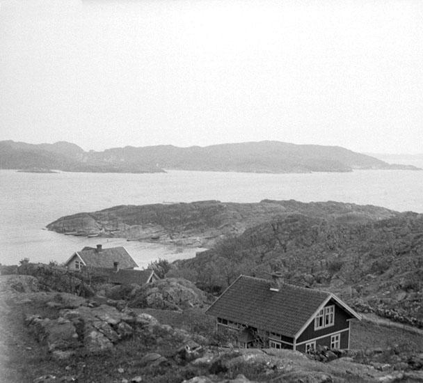 (Stereo karta XX) Utsikt från Rönnäng mot Stora Dyrön. 18 Maj 1930.