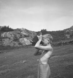 """Text till bilden: """"Skår. Skövdes barnkoloni sommaren 1939""""."""