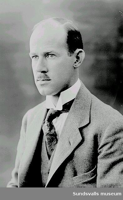 Porträtt. Herr Strömberg.