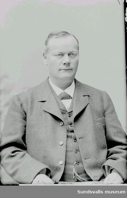 Porträtt av Dr. August Bystedt.