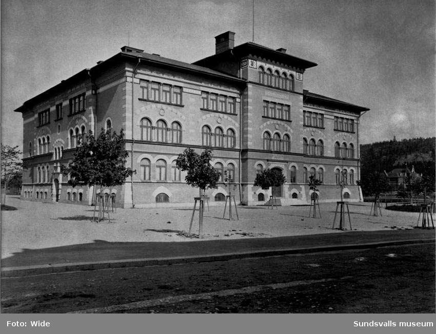 Folkskolan (Gustav Adolfsskolan).