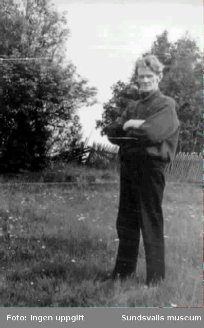 Sågverksarbetaren och författaren Karl Östman (1876-1953), Sundsvall som sextioåring 1936.