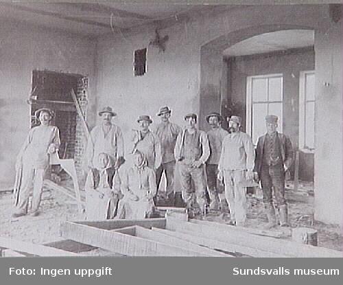 Mursmäckan t v Hilma Mikaelsson, f i Finland 1880 ca. Sundsvalls lasarett, nuvarande kommunhus, var det fjärde lasarettet i Sundsvall och stod färdigt 1908.
