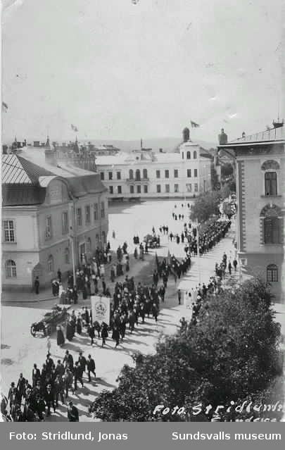 1:a maj-demonstration.