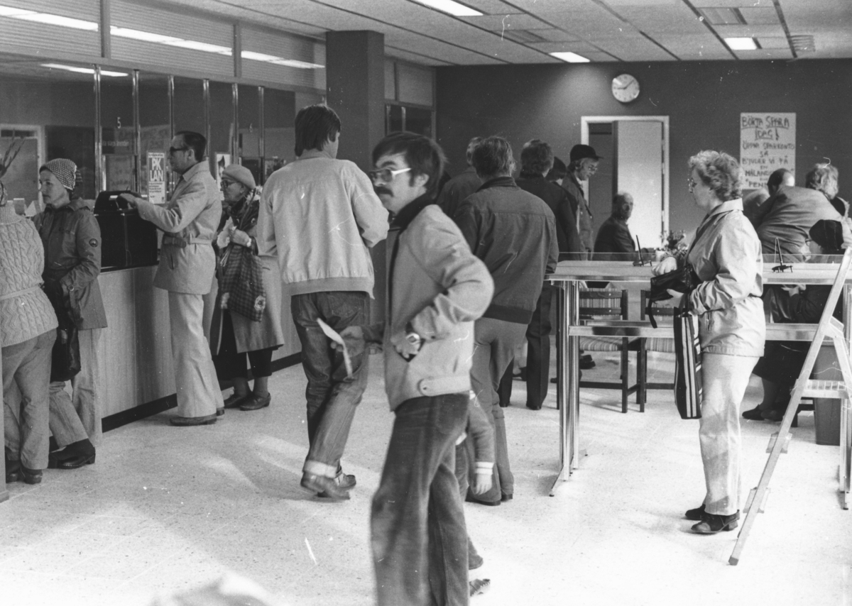 Postkontoret i Haparanda inviger  sina nya lokaler 1981.