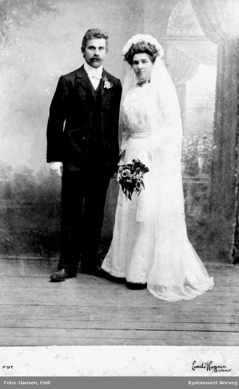 Lorents H. Lyngsnes og Ragnvalda Horseng