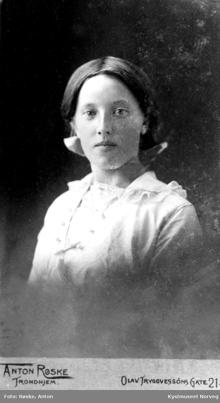 Bertha Olsvik Moe