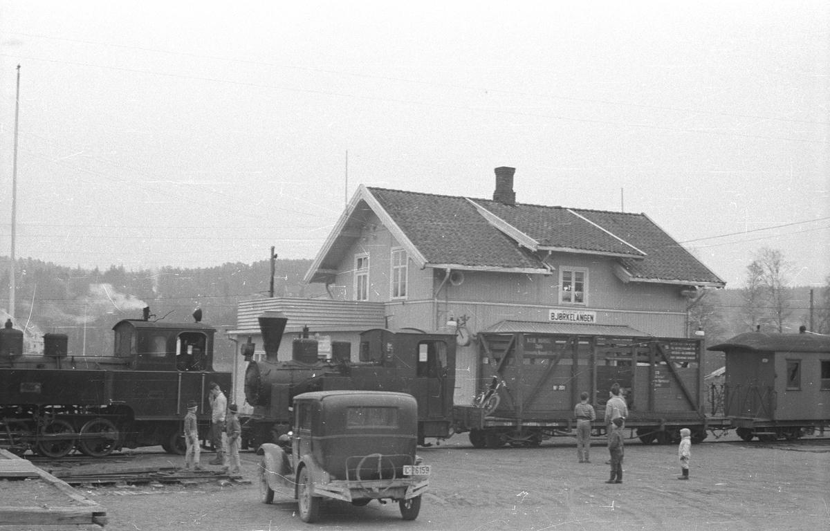 Klar for avreise til Jernbanemuseet på Hamar.