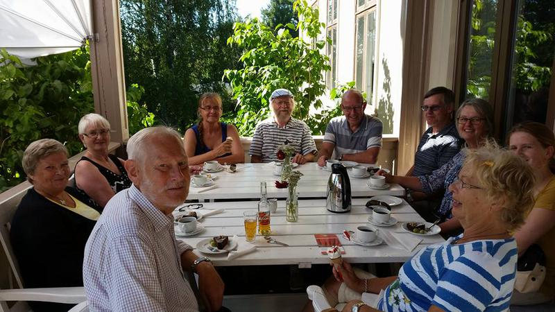 Sveitserstilverandaen med bursdagsselskap sommeren 2015 (Foto/Photo)