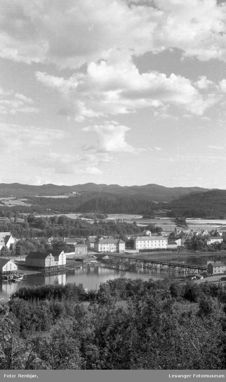 Levanger by og sundet sett fra Staupshaugen.