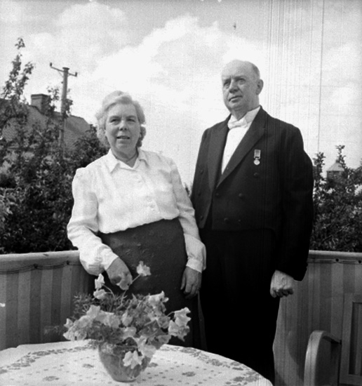 Ett par på balkongen.Millert