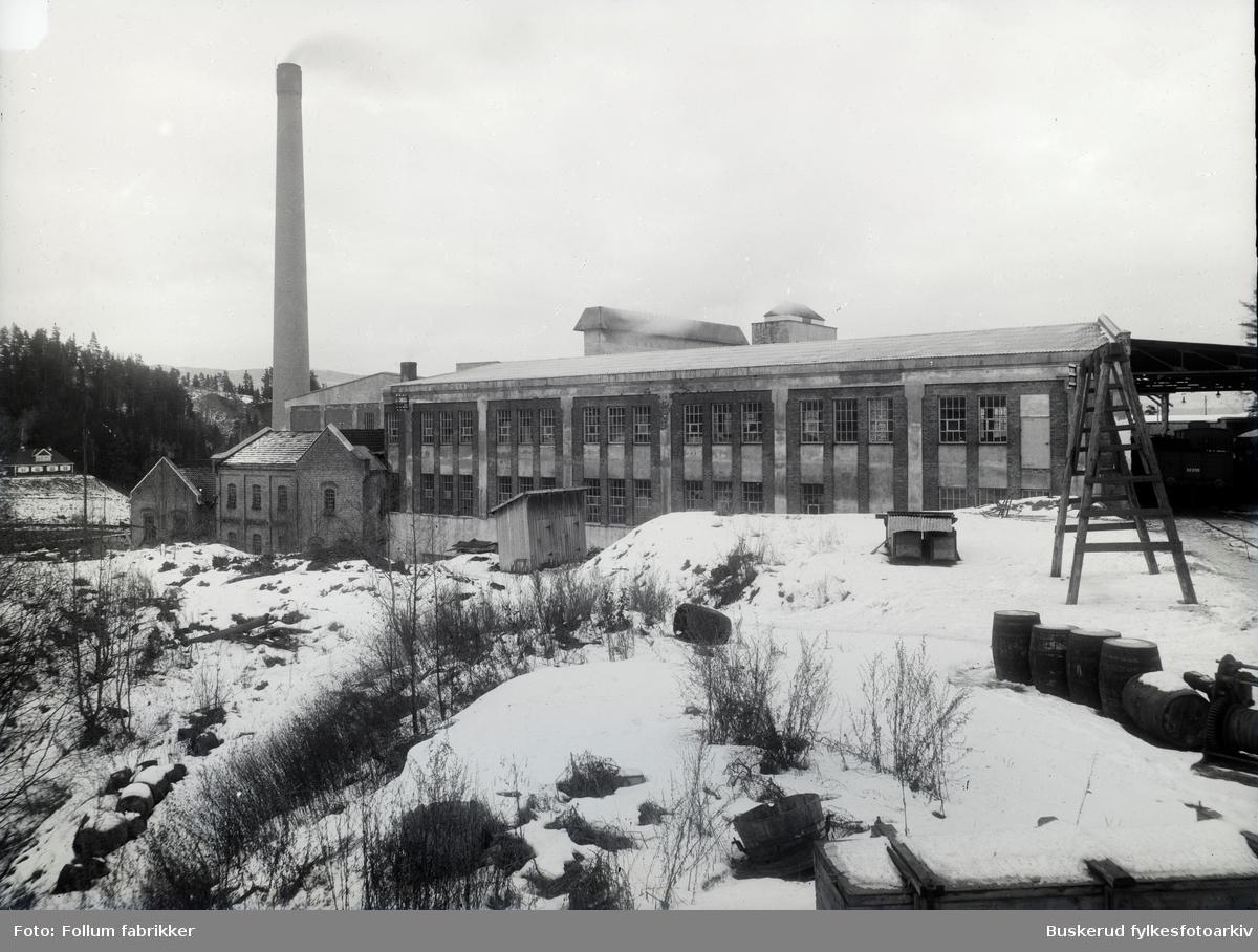 Follum Fabrikker Follum sett fra Hofsfoss, før siste utvidelse av kullfyrhus i 1927