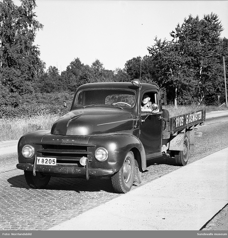 Ryds Glasmästeri har en Volvolastbil som firmabil.