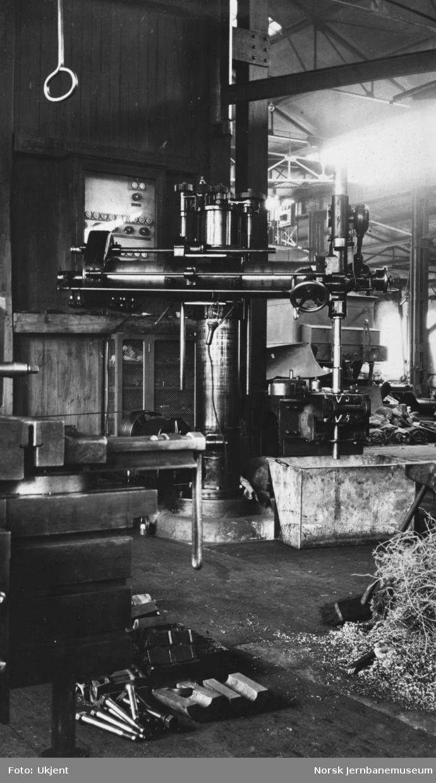 Verkstedet Sundland, boremaskin i avdeling D