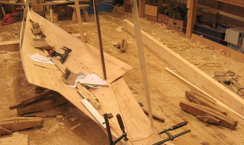 Her ser en tydelig knekken i overgangen mellom bordene. (Foto/Photo)