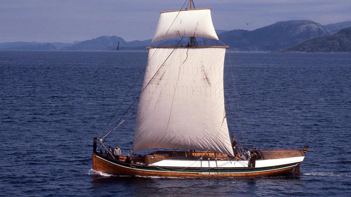 Åfjordsbåt. Tendring /bygdabåt.