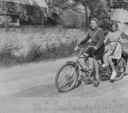 På tandemcykel genom Mollösund