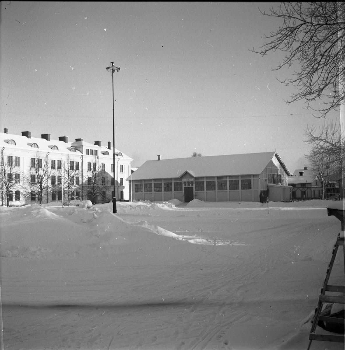 Kasernmiljö vid Norrlands dragonregemente K4, Umeå, 1955-1956.