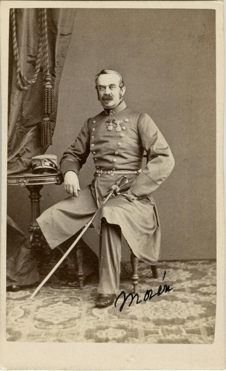 Porträtt av Eric Thorbjörn Morén, kapten vid Ingenjörkåren, sedemera Fortifikationen.