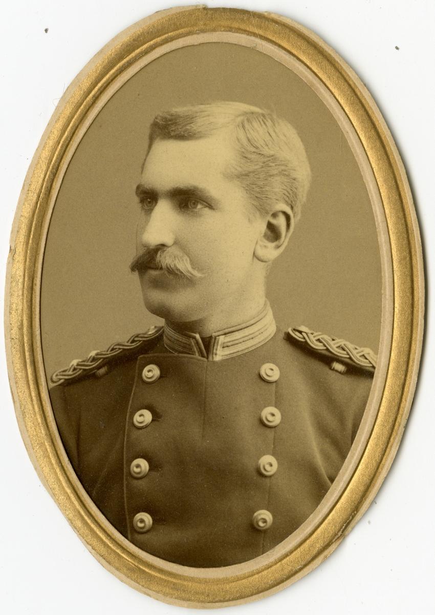 Porträtt av Olof August Rutger Robson, löjtnant vid Närkes regemente I 21.