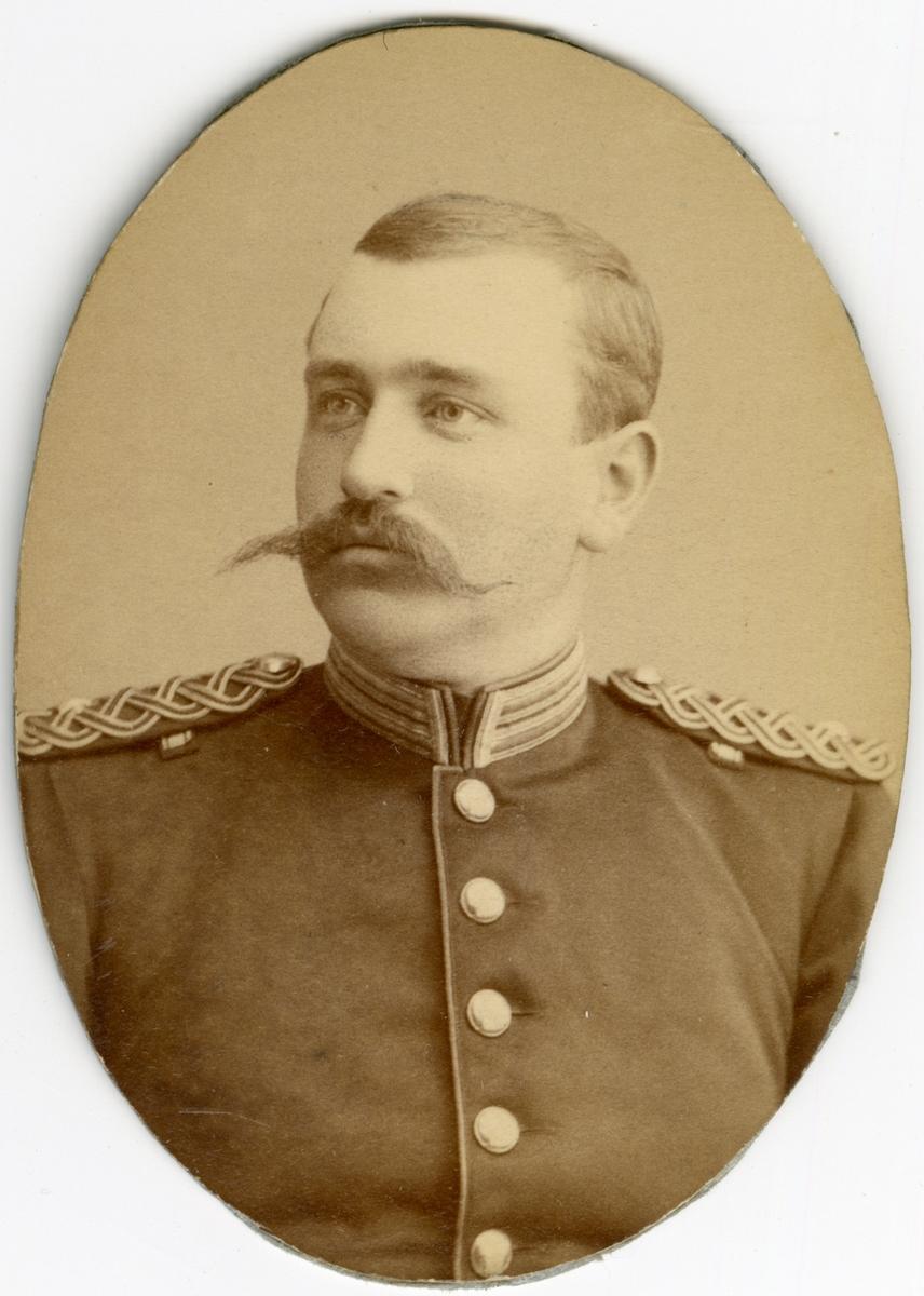Porträtt av Curt Wilhelm Rappe, underlöjtnant vid Bohusläns regemente I 17.