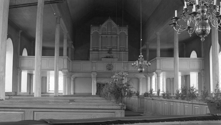 Foto mot orgeln.