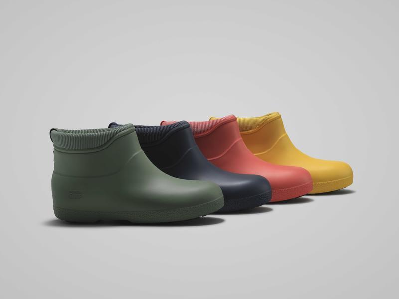 Fire ankelkorte gummistøvler med fôr. Grønn, mørkeblå, oransje og gul.