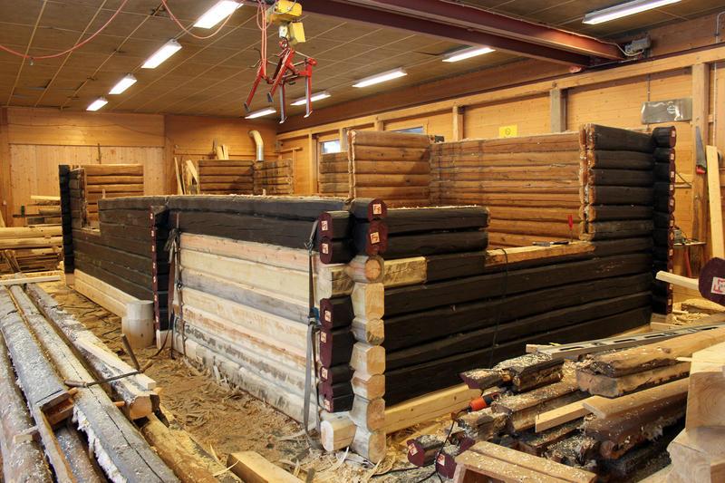 DNT-hytta Hovinkoia fra Holleia i Gausdal Stav & Lafts monteringshall i Gausdal.