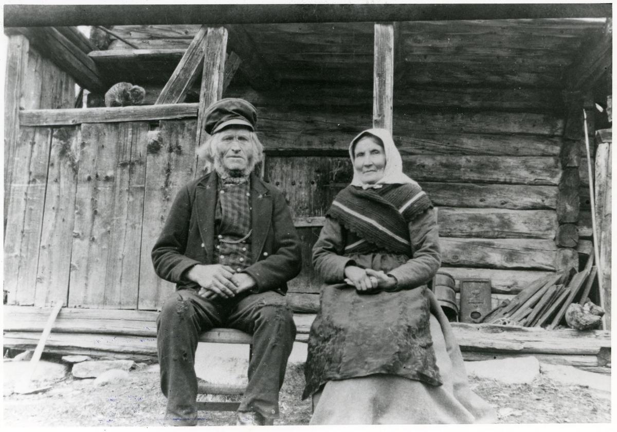 Ole Amundsen Skinrud med kone.