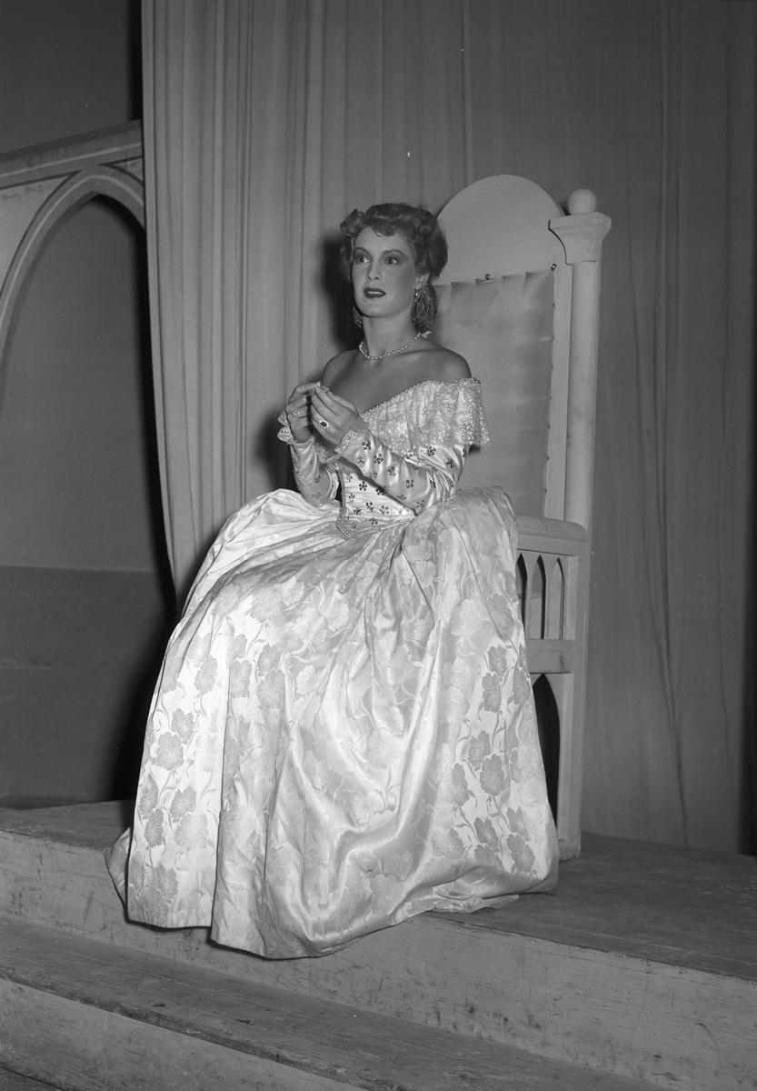 """""""Köpmannen i Venedig"""" teaterturne med Gaby Stenberg. 15 november 1949."""