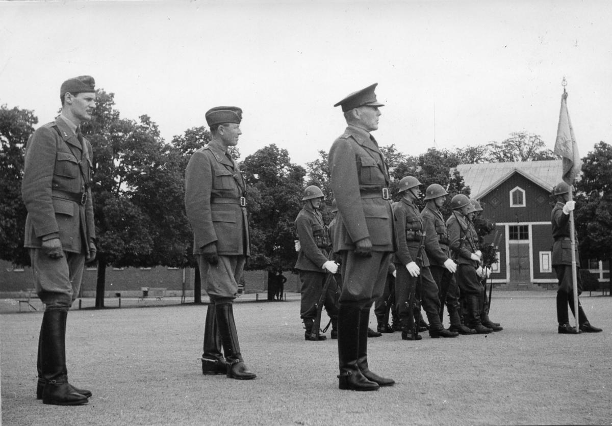 Standarvakt, A 6. Lt Cané, övl Willberg, ö Kempf.