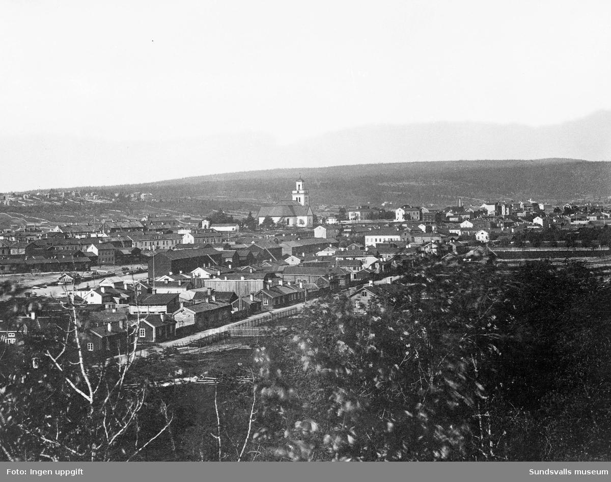 Vy över Sundsvall från öster, före branden 1888.