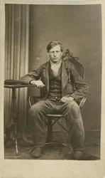 Fangeportrett. Alfred Svendsen, Drammen, arrestert i 1869, i