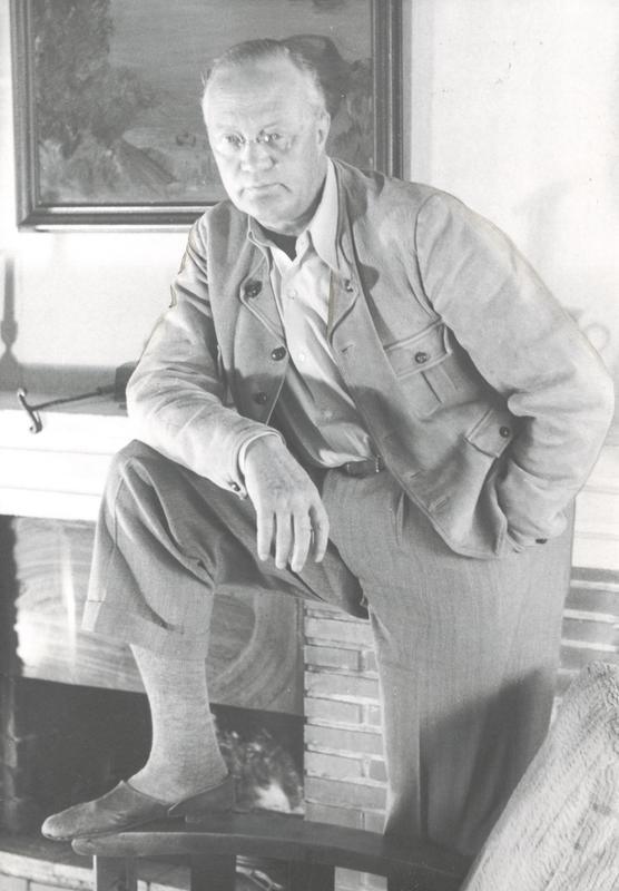Sigurd Hoel som etablert forfatter og forlagsmann. En rolle han behersket til fulle. (Foto utlånt av Gyldendal Norsk Forlag)