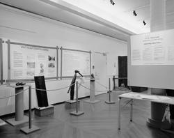 Dokumentation av VVSS utställningen i Parkettsalen. Texter