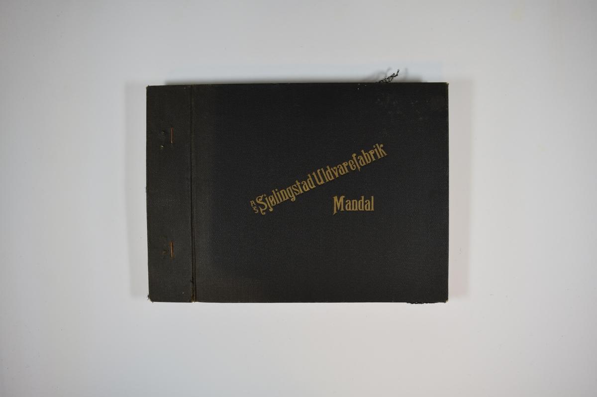 Prøvebok med 6 stoffprøver. Middels tykke flerfargede stoff med mønster. Stoffene ligger brettet dobbelt i boken. Stoffene er merket med en rund papirlapp, festet til stoffet med metallstifter, hvor nummer er påført for hånd. Innskriften på innsiden av forsideomslaget indikerer at alle stoffene har kvaliteten 166.   Stoff nr.: 166/25, 166/26, 166/27, 166/28, 166/29, 166/30.